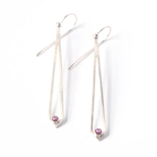 Load image into Gallery viewer, Rhodolite Garnet Dangly Earrings