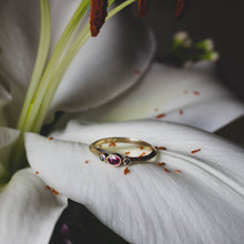 Load image into Gallery viewer, Ruby and Spinel Gold Ring