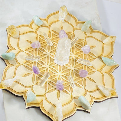 Healing crystal grid for amplifying energy and manifesting intentions