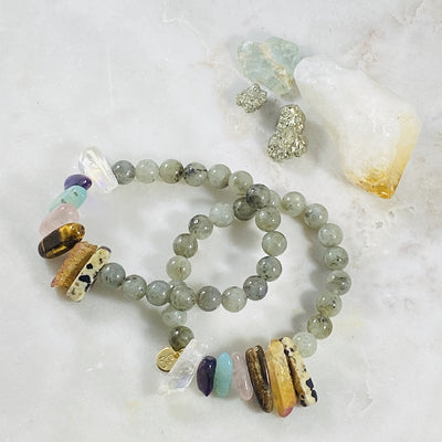 Healing crystal bracelet the supports all of the chakras with energy and high vibes