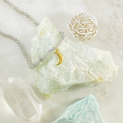 Moon Labradorite Necklace Healing Crystal Energy for Aura Cleansing and Inner Strength
