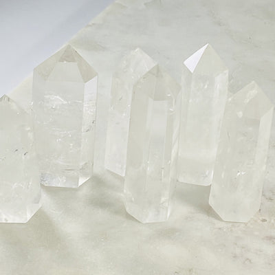 quartz crystal point for amplifying energy