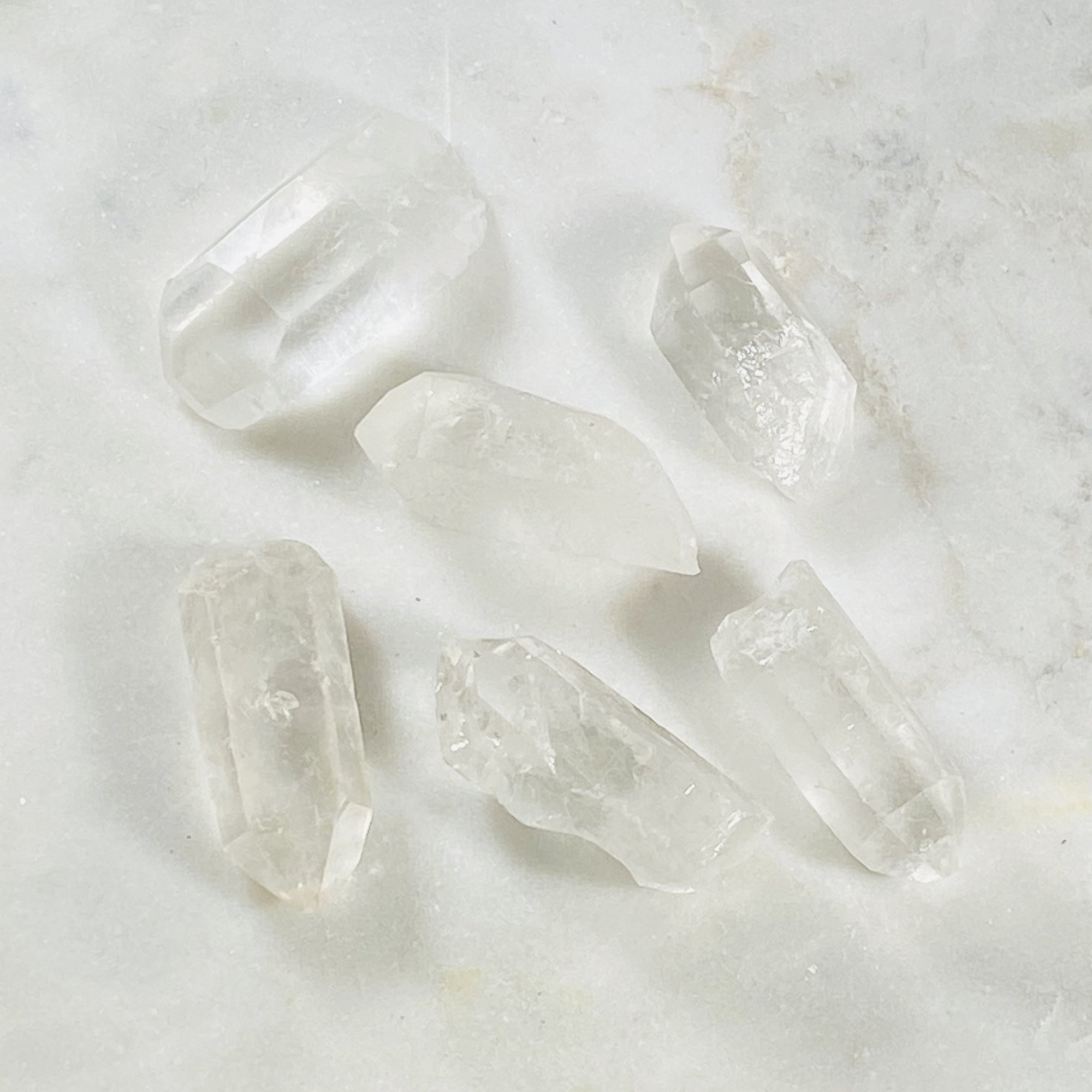 Quartz Crystal Point Healing Crystals for Raising Vibrations