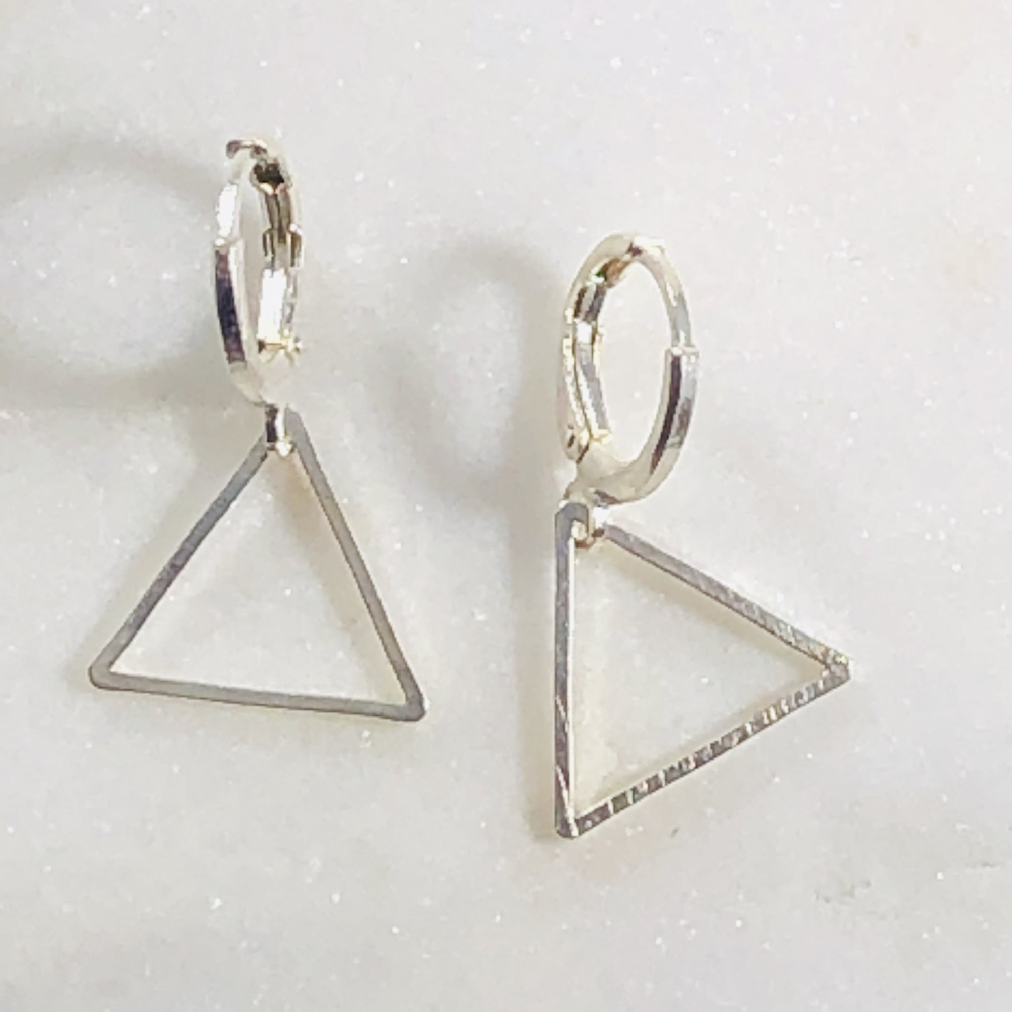 Simple Triangle Earrings Silver