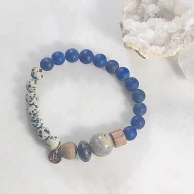 Handmade healing crystal bracelet for enlightenment, truth and grounding