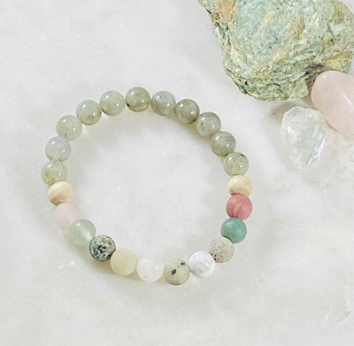 Healing crystal bracelet with labradorite for raising your vibration
