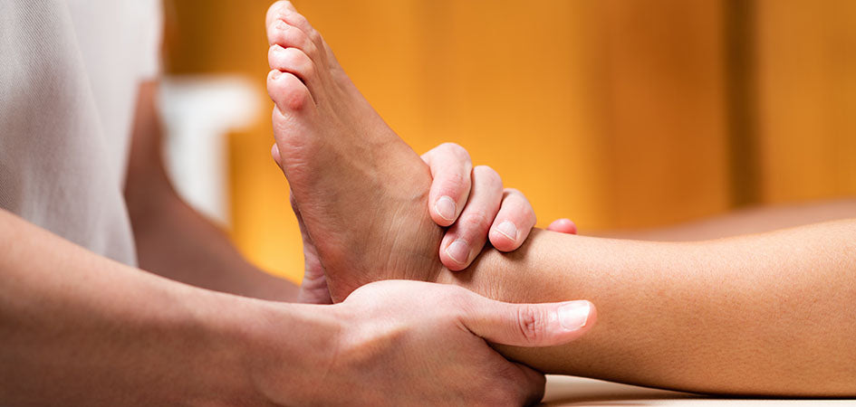 Foot massage. Where to buy cbd balm for pain? How to use cbd oil balm for pain.