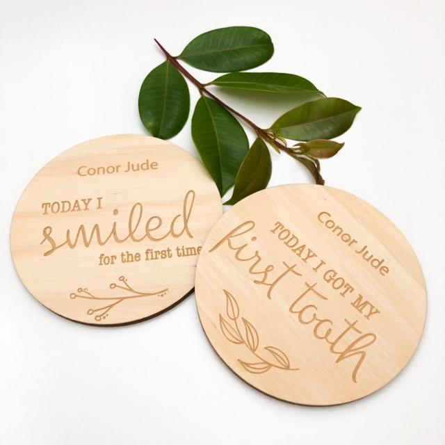 ONE CHEW THREE - Natural Foliage Baby Milestone Plaques (Developmental)