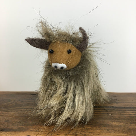 Gisela Graham Highland Cow Hanging Decoration