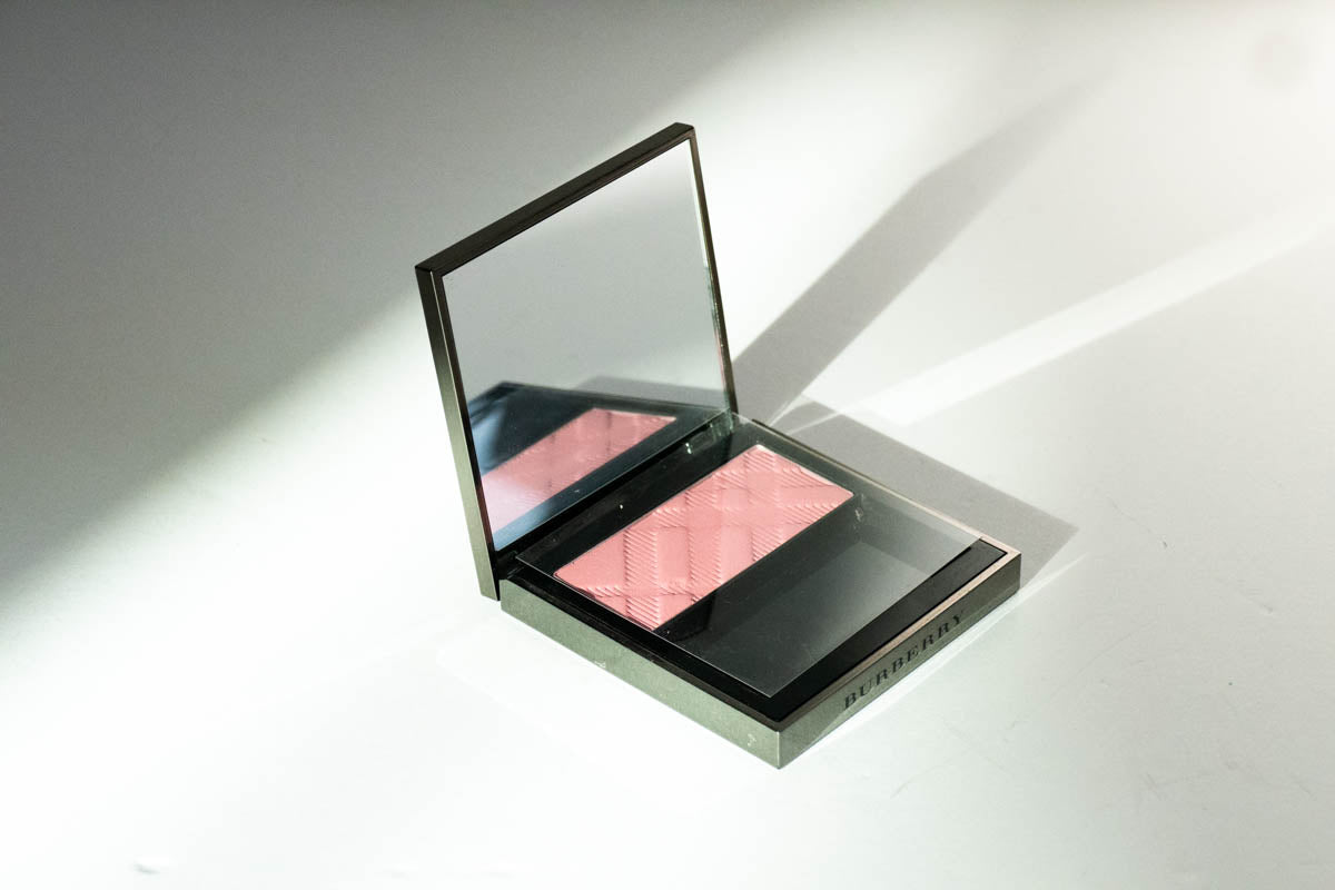 Light Glow (No. 4 Peony Blush)