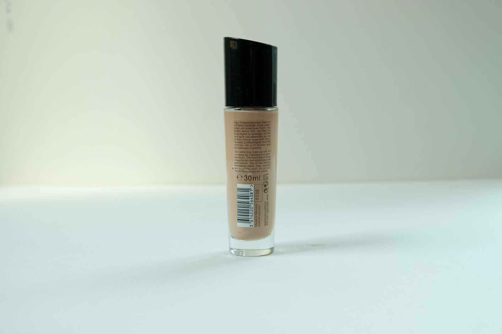 24h Endless Perfection Foundation (64 Rose Beige)