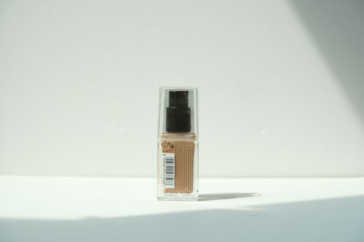 Healthy Skin Harmony Miracle Foundation (Natural 50)