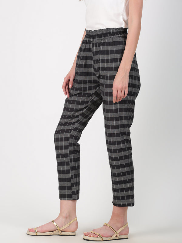 Black Checks Straight Pant