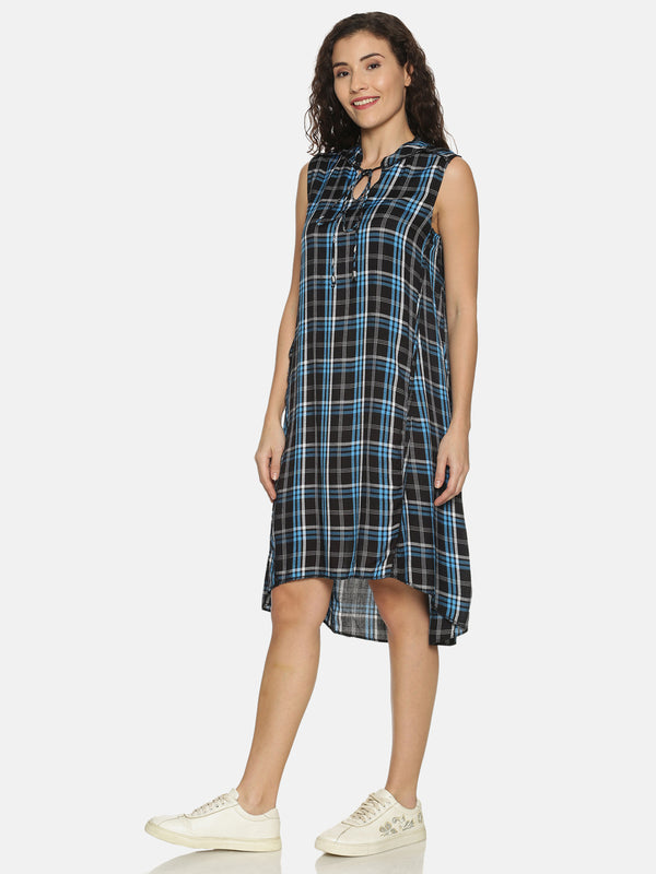 Blue Checks Tunic With Mandarin Collar And Tie Up