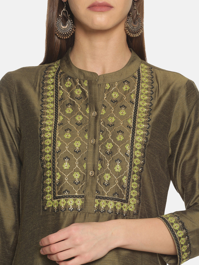 Olive Kurta With Neck Embroidery