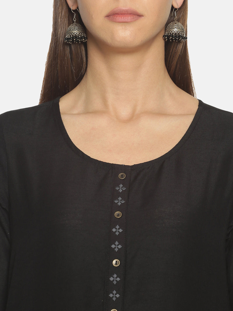 Black Slub Embriodered Placket Kurta
