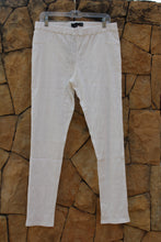 Load image into Gallery viewer, Bon Bon Crinkle-Textured Jeggings in White