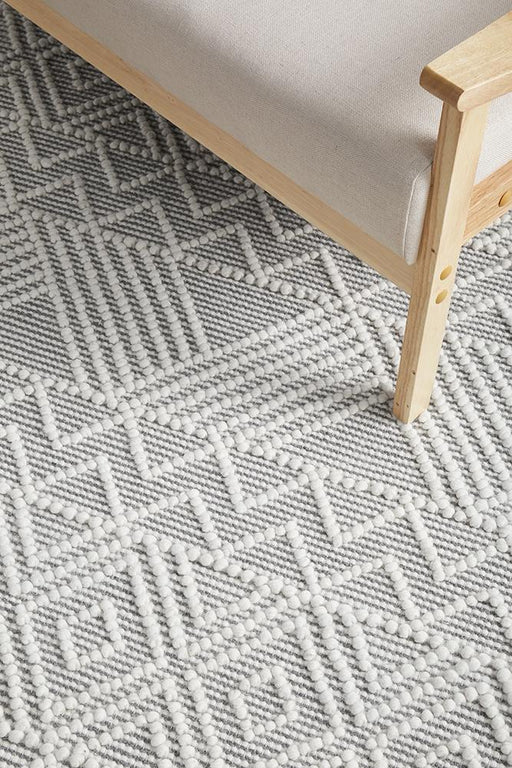 Meerut Grey & White Inverted Triangle Pattern Wool Contemporary Rug, Rugs, Ozark Home