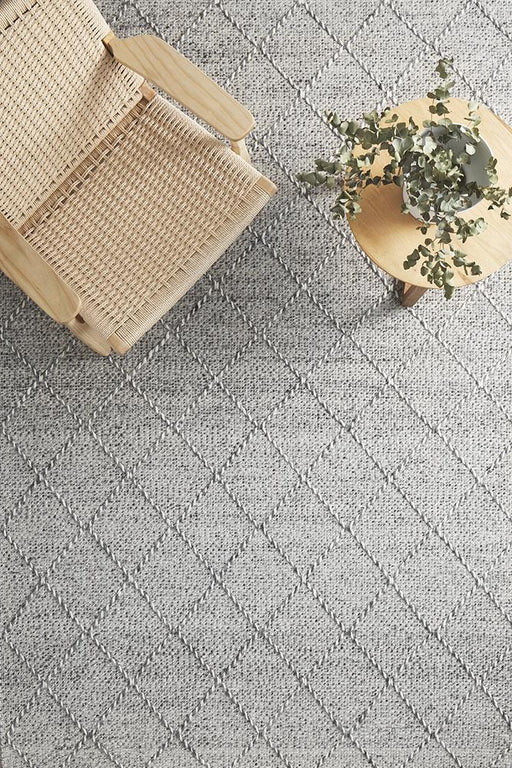 Meerut Grey & White Lattice Pattern Wool Contemporary Rug, Rugs, Ozark Home