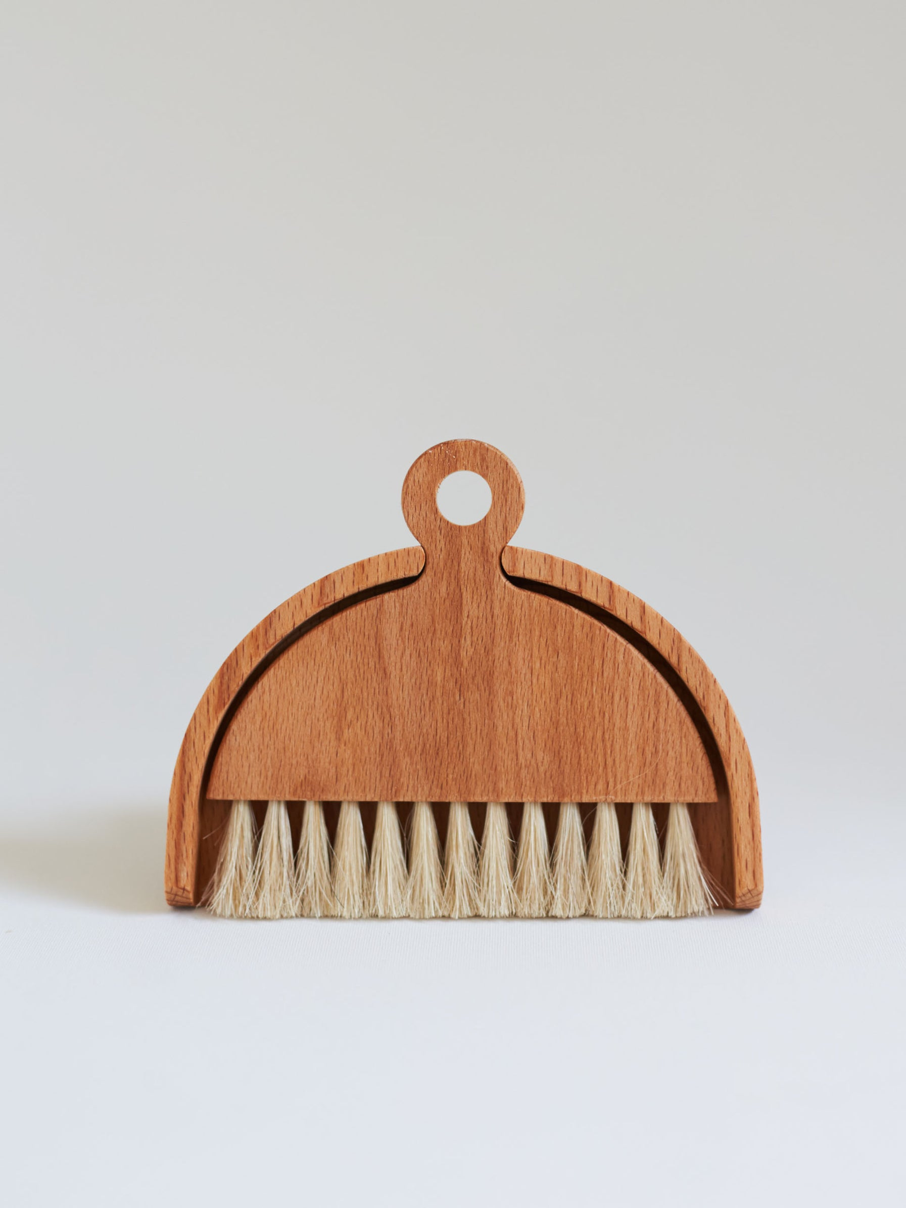 Iris Hantverk Sett of Table Brush 03