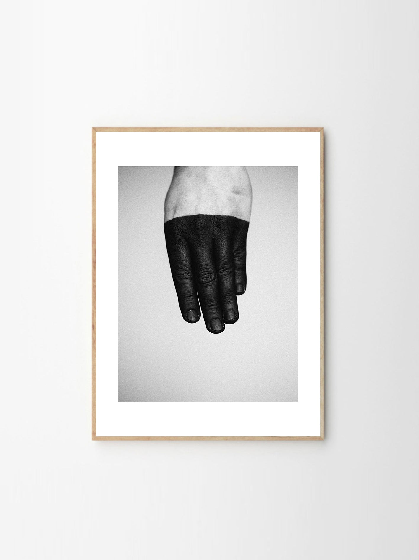 Taos_Living_The_Poster_Club_Tilde_bay_kristoffersen_black_white_hand