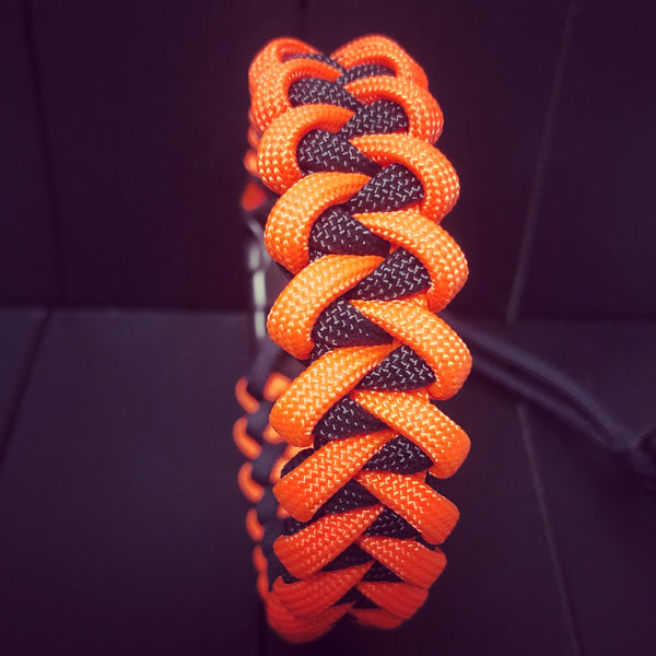 Hydro Flask Paracord Handle | Orange & Black Sharks Tooth Weave