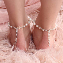 Load image into Gallery viewer, Offwhite Caiti modern pearl anklets from back