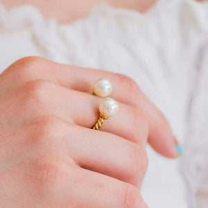 Ivory with Gold Davina Pearl Rope Ring on finger
