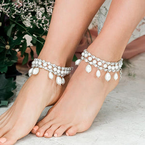 Silver Juno Bohemian Bridal Pearl Anklets from side