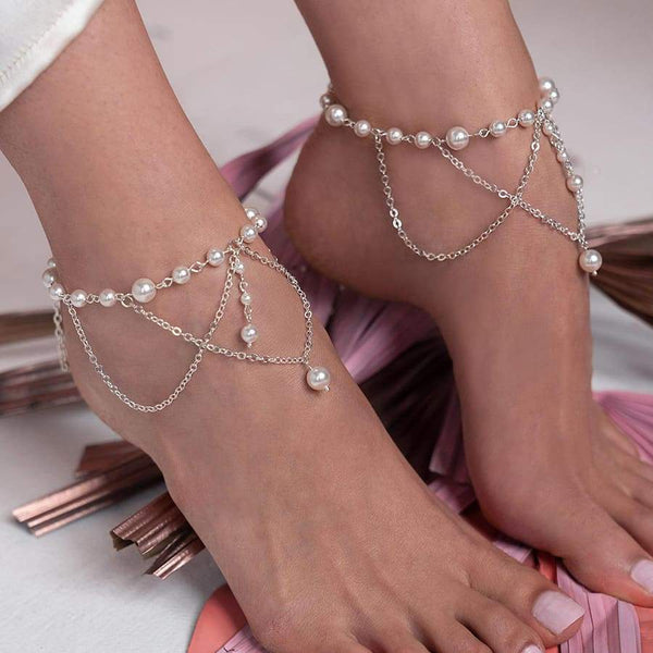 Off-white Ora Bridal Pearl Anklets from side