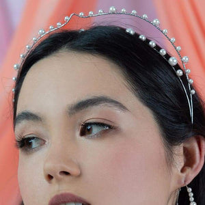 Off-white Ora Modern Pearl Crown from side