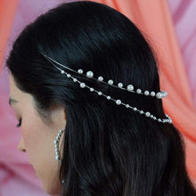 Load image into Gallery viewer, Off-white Ora Modern Pearl Crown from side