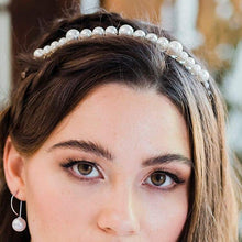 Load image into Gallery viewer, Silver Romee Pearl Headband from front
