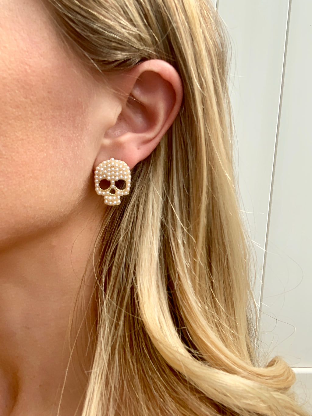 GOLD PEARL SKULL EARRINGS