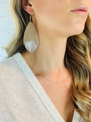 EASY DOES IT EARRINGS - TAN
