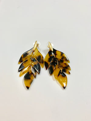 TORTOISE LEAF EARRINGS