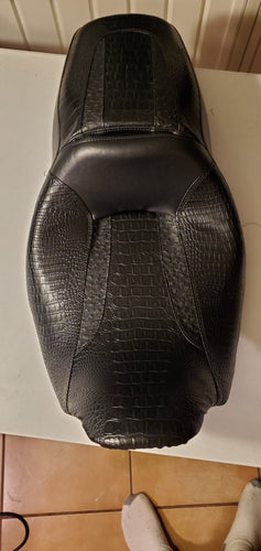 2011-up street/road seat cover