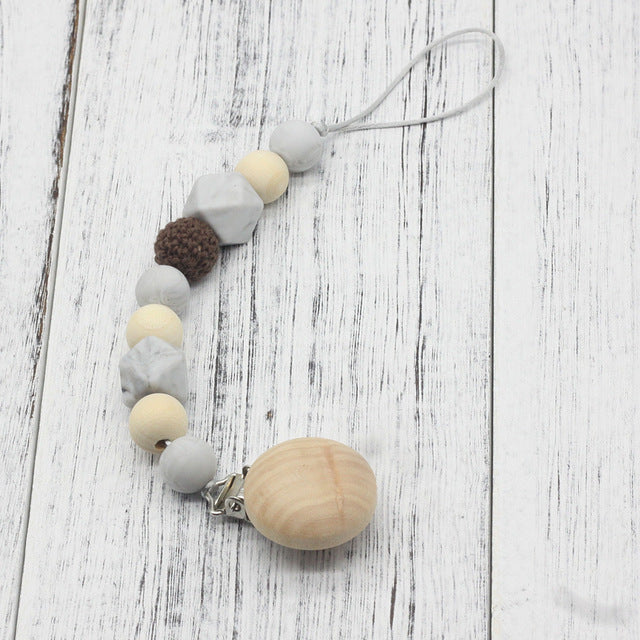 PACIFIER CLIP HOLDER WITH PENDANT - Babies Hunt