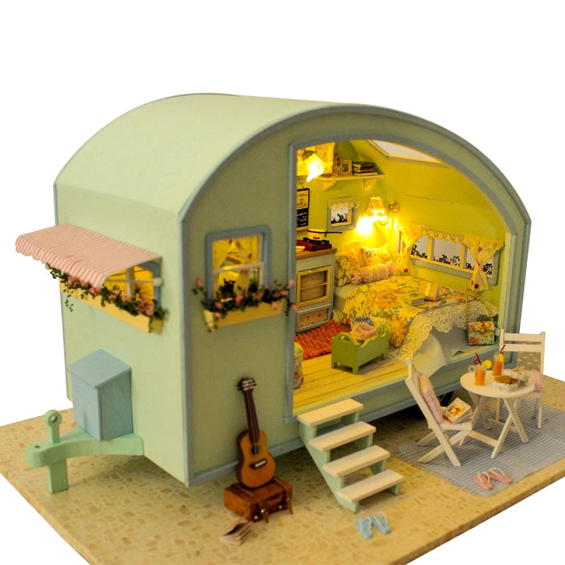 Wooden Doll House For Girls - Babies Hunt