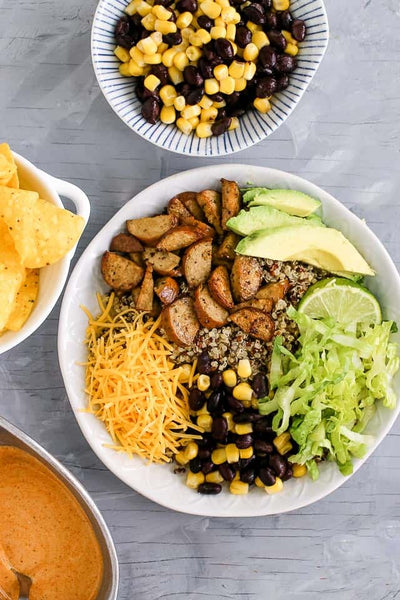 THESE CHICKEN SAUSAGE & QUINOA BURRITO BOWLS ARE EASY, MAKE AHEAD FRIENDLY, AND SO QUICK TO MAKE YOU'LL HAVE DINNER ON THE TABLE IN JUST 15 MINUTES