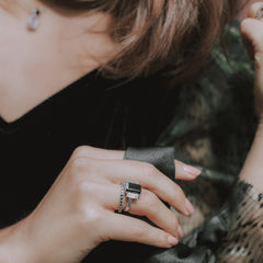 Joy Ring Black Onyx & White Quartz