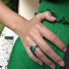 Manhattan Ring Emerald Green Agate