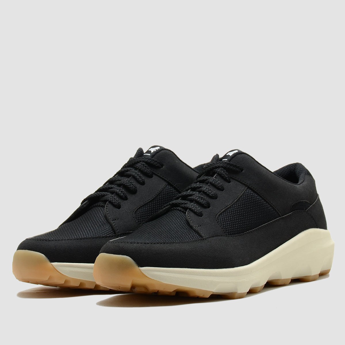 Sahara Black Gum Sole