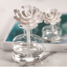 Load image into Gallery viewer, Grand Casablanca Porcelain Diffuser/Casablanca Lily