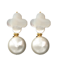 Load image into Gallery viewer, Kacey Earring - White Pearl