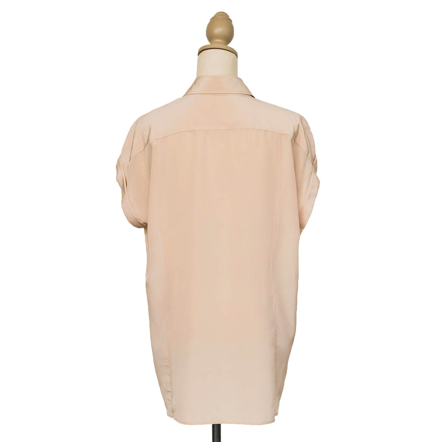 champagne essential silk shirt back seahorse silks