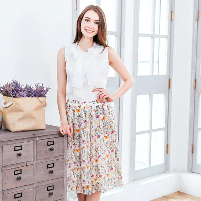 (Woman) Floral Midi Skirt - The Foxtrot Clothing
