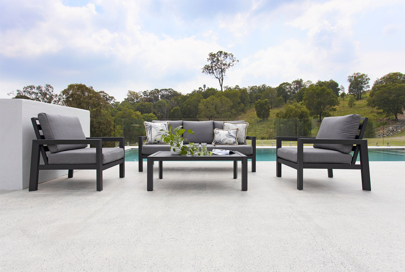 Elements Outdoor Living - Colada 4pce Set with 3 seater lounge