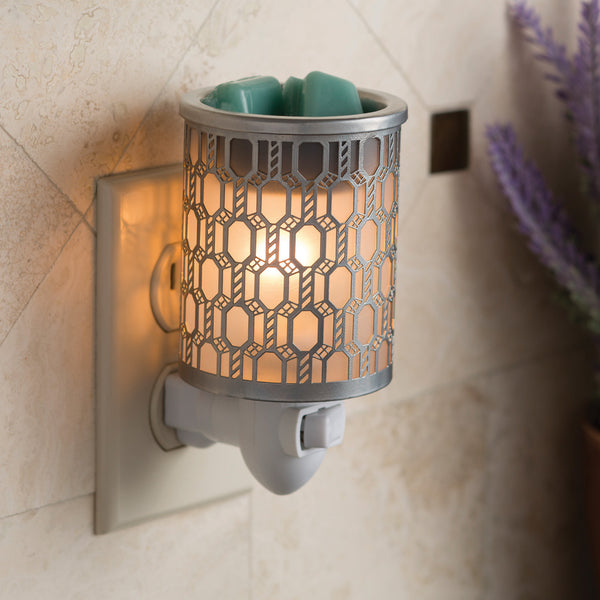 Filigree Pluggable Fragrance Warmer
