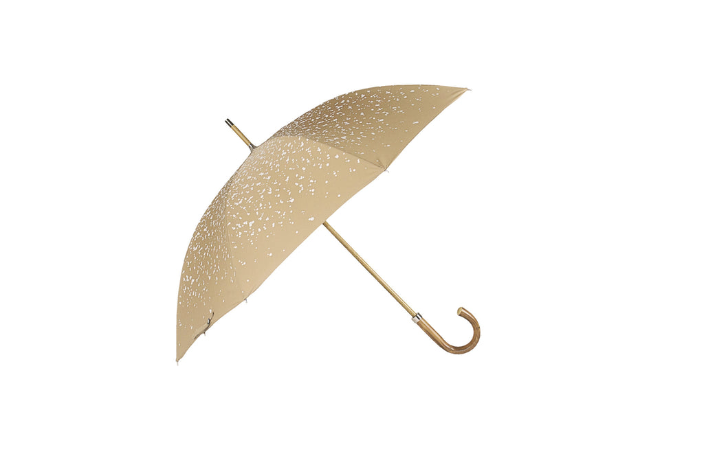 The monsoon rain on Singapore streets is the inspiration behind the print for this style finished with a natural bark chestnut handle just like the city state this umbrella will look elegant in a downpour.Classic hand made Umbrella. manufactured in London